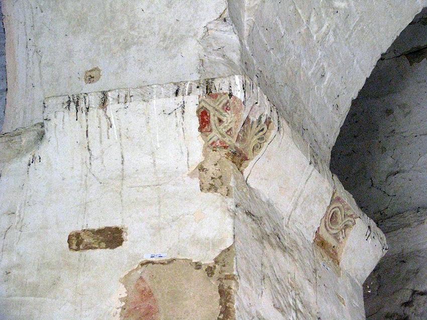 Fig. 3 - Imposte sculpté de l'un des piliers