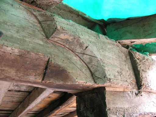 Fig. 2 - Panne de la charpente du presbytère