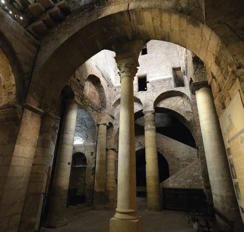 Fig. 1 - Cryptes de l'abbaye Saint-Victor