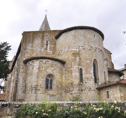 Fig. 1 - L'église Saint-Michel
