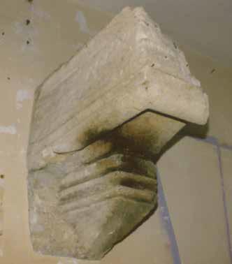 Fig. 2 - Détail d'une console de cheminée