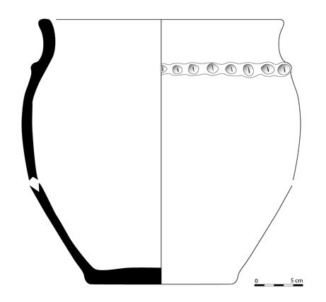 Fig. 4 - Vase en céramique découvert dans le fossé 34