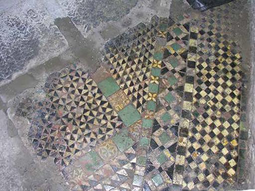 Fig. 4 - Détail du pavement du quatrième étage de la « chapelle Notre-Dame »
